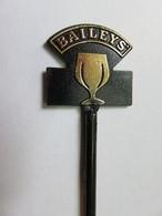 083 - Touilleur - Agitateur - Mélangeur à Boisson - Liqueur Baileys - Swizzle Sticks