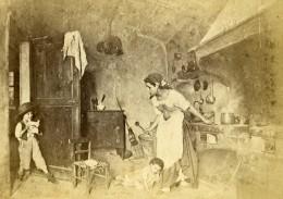Italie Milan Mere Et Enfants Dans La Cuisine Ancienne CDV Photo Pagliano 1860 - Photographs