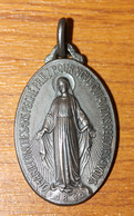 """Beau Pendentif Médaille Religieuse Médaillon Argenté """"Médaille Miraculeuse"""" Paris - Religious Medal - Religion & Esotérisme"""
