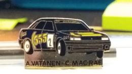 PIN'S   SUBARU   Legacy  ARI  VATANEN    COLIN  Mc  RAE - Rallye