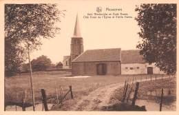 MASSEMEN - Kerk Westerzijde En Oude Hoeve.  Côté Ouest De L'Eglise Et Vieille Ferme. - Wetteren