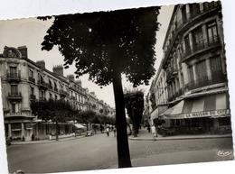 71 CHALON-SUR-SAÔNE - Boulevard De La République - CPSM - Animée - Chalon Sur Saone