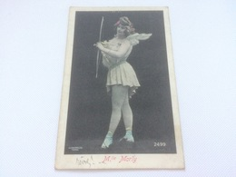 AW - 2300 -ARCHERE - Mademoiselle MORLY - Tir à L'Arc