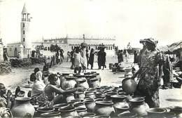 TCHAD - A.E.F. Fort Lamy,vente De Poteries, Mosquée. - Chad