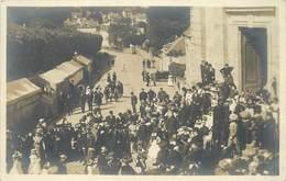 ORSAY - Fête De La Rosière, Entrée à L'église.(carte Photo). - Orsay