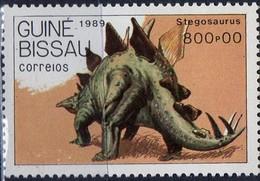 PIA  - 1990 - GUINEA  BISSAU - Animali Preistorici - Stegosaurus - Guinea-Bissau
