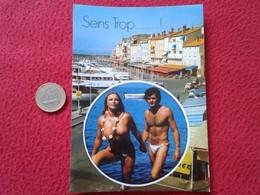 POSTAL POST CARD CARTE POSTALE SEINS TROP SAINT TROPEZ FRANCIA LUMIERE ET BEAUTE DE LA COTE D'AZUR TRAVESTI GAY GAYS ? - Parejas