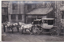 The Lowther State Chariot - Shibden Hall , Hallifax  - UK Uncirculated Postcard - Cartes Postales