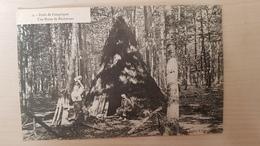 CPA COMPIEGNE - Une Hutte De Bûcherons (Forêt) - Super Cliché, Animation ++, Top - Compiegne