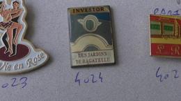 PARIS LES JARDINS DE BAGATELLES - Music