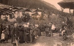 Carte Photo Pelerinage En Montagne - Cartes Postales