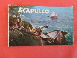 Sailboats Sightseeing To The Quebrada   Acapulco Mexico    Ref 3001 - Mexico