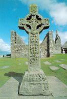 1 AK Irland * Hochkreuz Vom Kloster Clonmacnoise - Und Ruinen Vom Kloster - Es Wurde Im 6. Jh. Gegründet * - Offaly