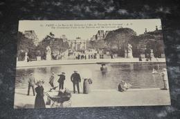 2526  Paris Le Bassin Des Tuileries Et L Arc De Triomphe Du Carroussel - Parks, Gardens