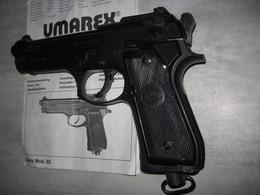 Ancien Beretta Umarex Chargeur 12 Plombs Port Offert - Armes Neutralisées