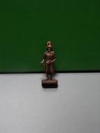Figurine En Métal Kinder - Série Les Gardes Suisses - Swiss N°1 - Finition Cuivre - Metal Figurines