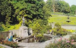 Postcard The Garden Of Remembrance [ War Memorial ] Blackburn  My Ref  B12249 - Autres