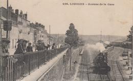 CPA Limoges - Avenue De La Gare (avec Animation Et Train) - Limoges