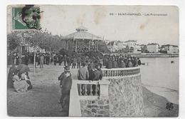 SAINT RAPHAEL EN 1910 - LES PROMENADES - KIOSQUE AVEC PERSONNAGES - CPA VOYAGEE - Saint-Raphaël