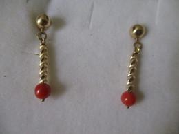 Orecchini Con Corallo Pendente - Earrings