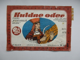 ESTONIA ,  OLD BEER LABEL , KULDNE ODER , FOLK COSTUME , TYPE 1  , 0 - Birra