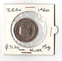 Médaille Ancienne Iran Argent 1960 TBE Commémorative De La Caisse D'Epargne Iranienne - Monetary /of Necessity