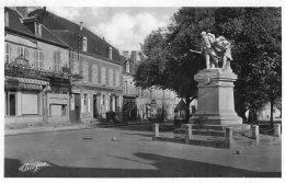 V15177 Cpsm 36 Aigurand - Monument Aux Morts - Frankreich