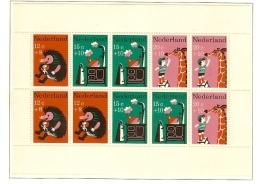 1967 - Nederland NVPH 899 Postfris - Kinderzegels - Kinderversjes (blok) [A52_79] - Periode 1949-1980 (Juliana)