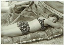 Foto/Photo. Pin Up. Femme En Maillot/Bikini. - Pin-Ups
