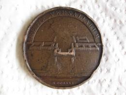 Médaille D'epoque LOUIS XIV Le Château De Versailles Fin Des Travaux 1680 Par Mauger - France