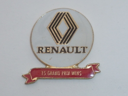 Pin's AUTOMOBILES RENAULT, VAINQUEUR DE 15 GRAND PRIX - Renault