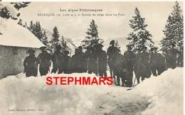 CPA 05 : BRIANCON - CORVÉE DE NEIGE DANS LES FORTS  - Les Alpes Pittoresques - édition Louis Bonnet - Briancon