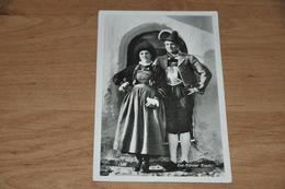 2629- Ost-Tiroler Tracht - Trachten