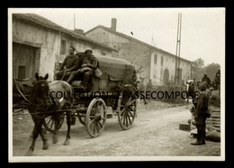 TOP VOSGES - PADOUX - PRISONNIERS FRANCAIS ET LEUR ATTELAGE GRANDE RUE SOUS SURVEILLANCE DE SOLDATS ALLEMANDS 1940 - France