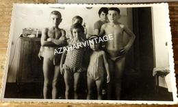 Photo Originale ,  Enfants En Maillot De Bain, 136X86MM - Personas Anónimos