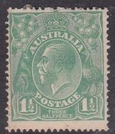 Australia SG 61 1923 King George V,Three Half Penny Green,Single Watermark, Mint Hinged,toned Gum - Mint Stamps