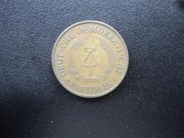 RÉPUBLIQUE  DÉMOCRATIQUE ALLEMANDE : 20 PFENNIG   1969 A   KM 11    TTB - [ 6] 1949-1990 : GDR - German Dem. Rep.