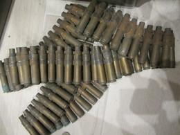 Bande 12.7 Cal .50 Douille Cartouche Et Maillon Us Ww2 Débarquement Normandie Daté 1942 / 1943 / 1944 - Armes Neutralisées