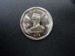 RÉPUBLIQUE  DOMINICAINE : 25 PESOS   2008   KM 107   Non Circulé - Dominicaine