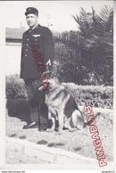 Au Plus Rapide Photo Gendarmerie Maître Chien Beau Format 13 Par 18 Cm - Guerra, Militari