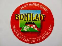 ETIQUETTE FROMAGE CAMEMBERT BONILAIT . POITOU - Cheese
