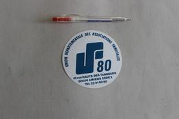 AMIENS  UNION DEPARTEMENTALE DES ASSOCIATION FAMILIALES   1 Autocollant - Stickers