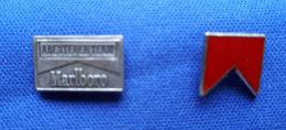 Marlboro Pins, 2 Stück, Abenteuer Team Marlboro - Markennamen