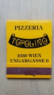 Zündholzheftchen Mit Werbung Für Eine Pizzeria In Wien - Zündholzschachteln