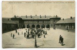CPA - Carte Postale - France - Fumay - Ecole Publique Des Garçons - La Cours Pendant Une Récréation - 1907 ( CP3878 ) - Fumay