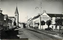 PE EN PAIL - Rue Aristide Briand Et L'église (tube Citroën) - Pre En Pail