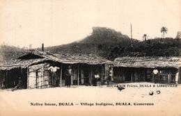 CAMEROUN - DUALA - VILLAGE INDIGENE - Cameroon
