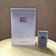 """Boites """"Bains Magiques"""" De THIERRY MUGLER Pour Collection Ou Décoration - Parfums"""