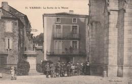 12/ Vabres - La Sortie De La Messe   - Edition Audouard 11 - Vabres