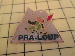 1214d Pin's Pins / Rare Et De Belle Qualité / THEME SPORTS : SPORTS D'HIVER STATION PRA-LOUP LOUP SKI - Police